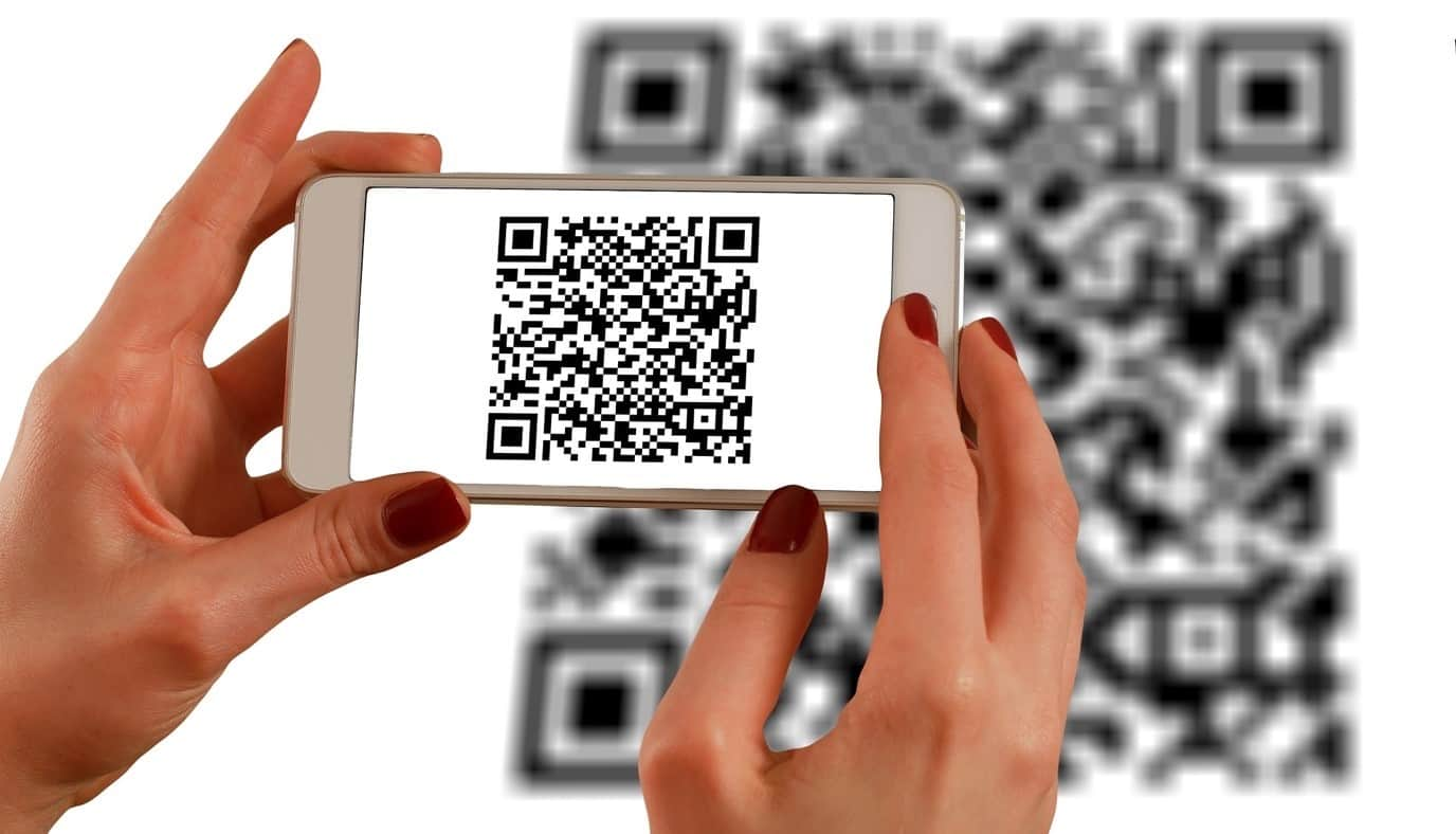 content/es-es/images/repository/isc/2020/9910/a-guide-to-qr-codes-and-how-to-scan-qr-codes-1.jpg