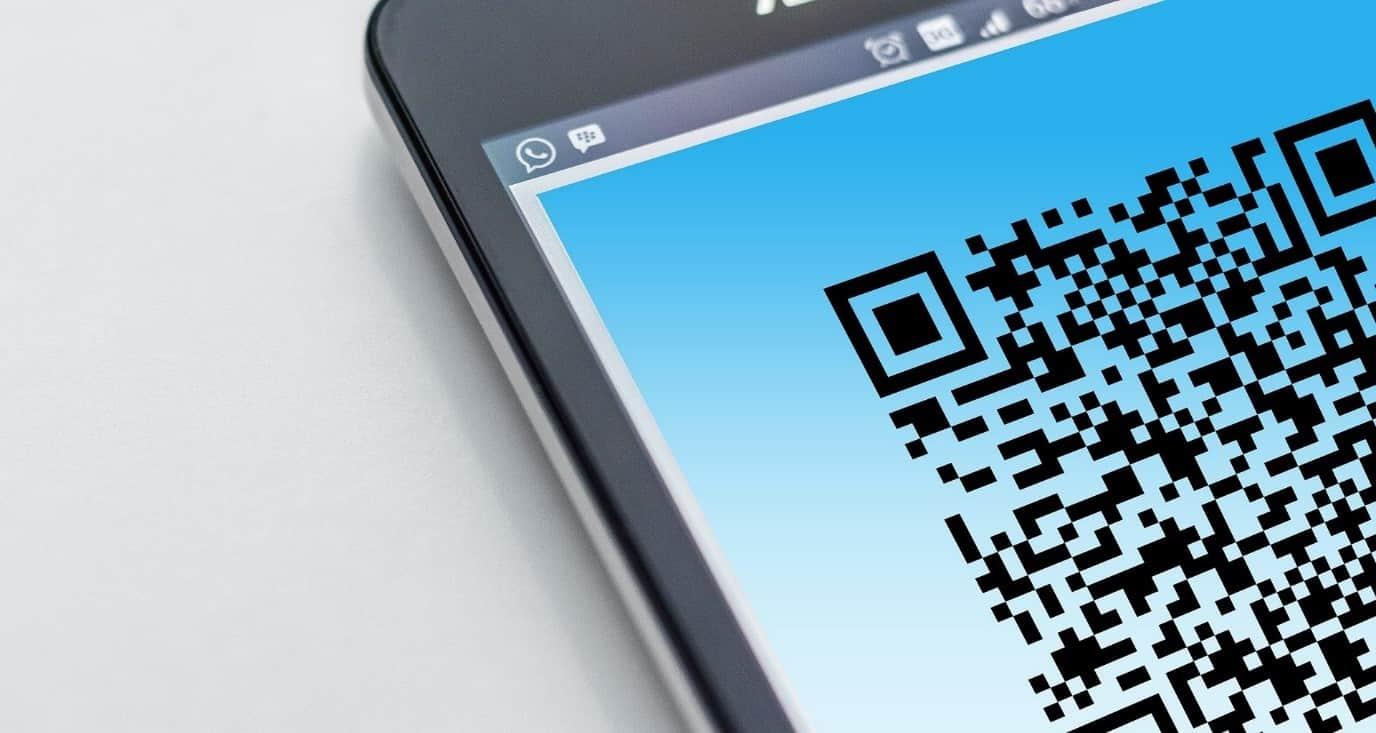 Código QR en un móvil